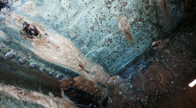 Galvanised-Water-Tank-Leak
